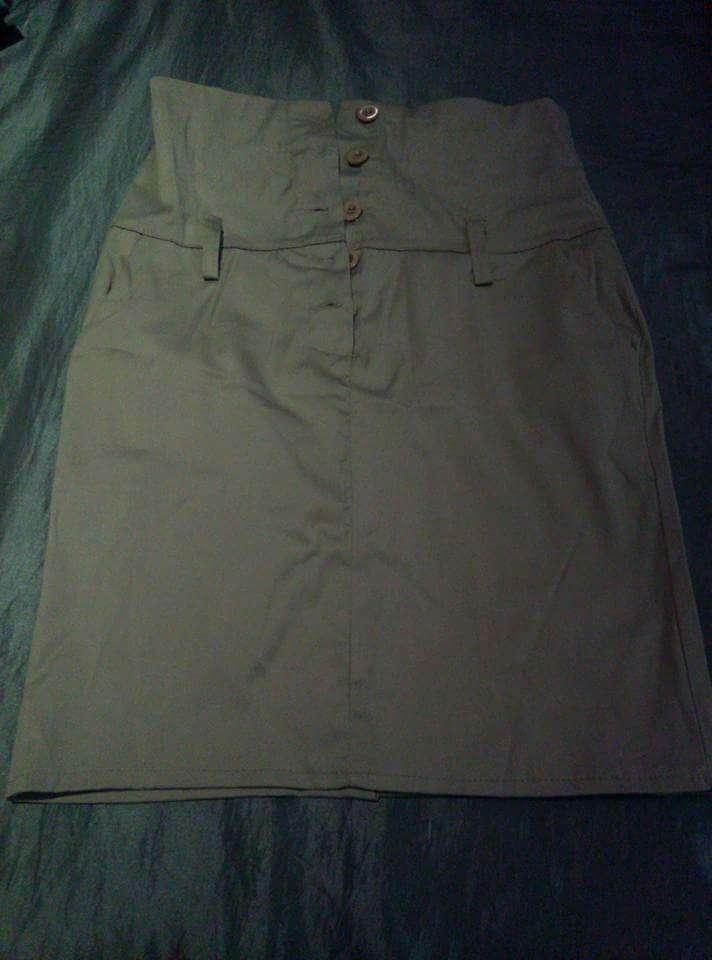 Imagen producto Faldas talla 40 3