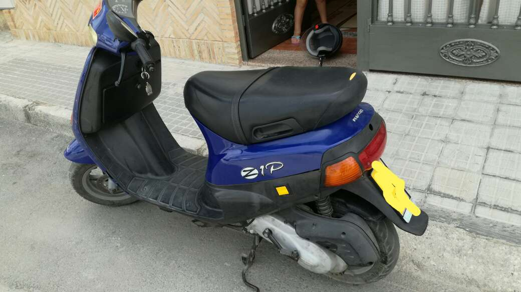 Imagen producto Venta Moto Piaggio Zip 4