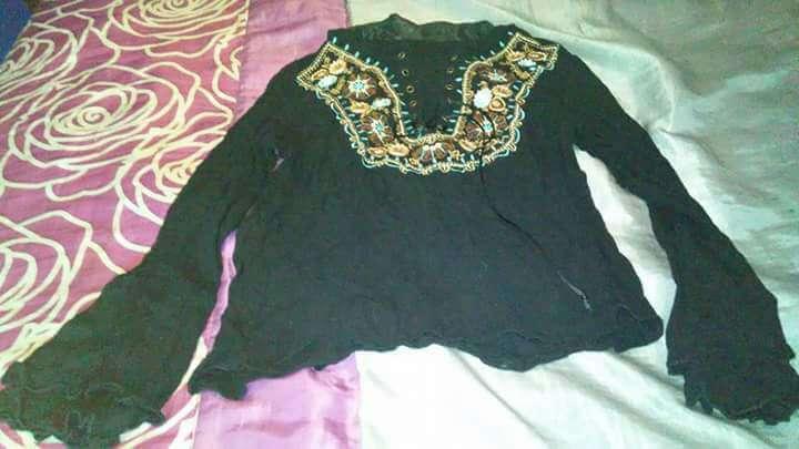Imagen camisas y blusas mujer M,  4€