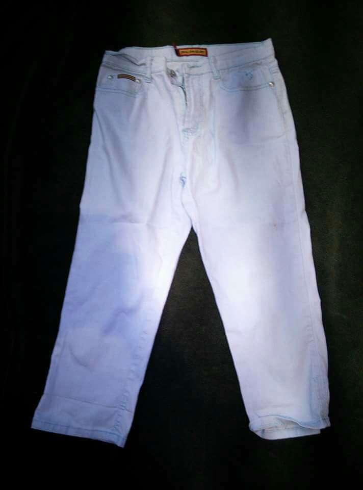 Imagen pantalón pirata blanco mujer 38