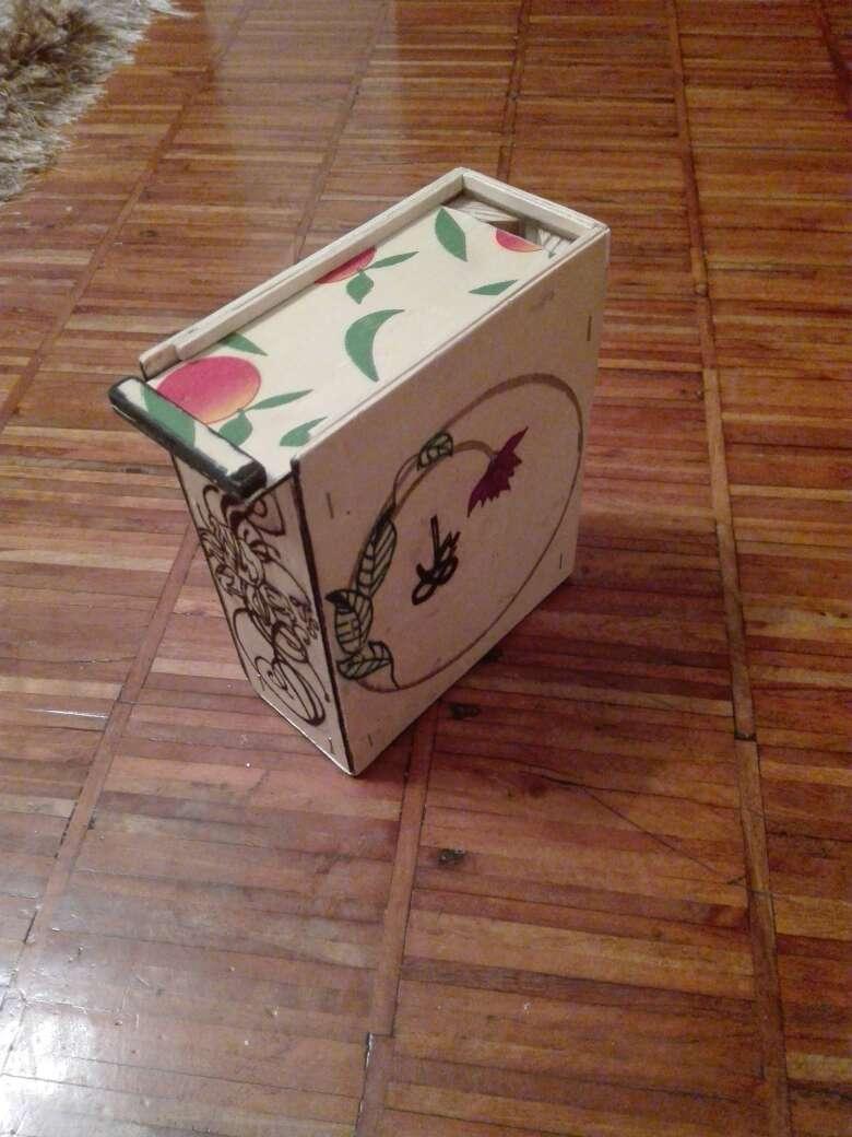 Imagen producto Cajita de madera artesanal 3