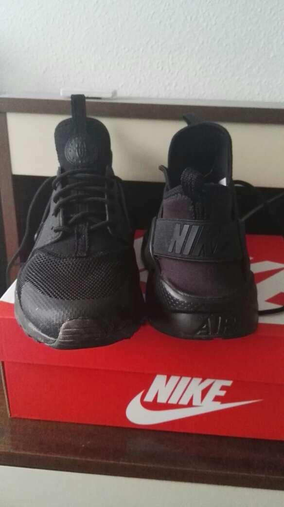 Imagen producto Nike Huarache 4