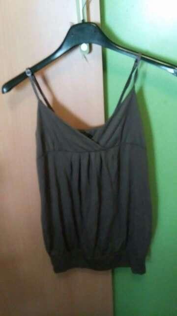 Imagen camiseta mujer talla única,  2€