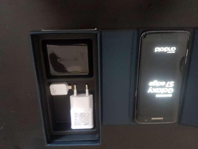 Imagen producto Samsung galaxy s7 edge 32GB como nuevo en perfecto estado con todos accesorios 4