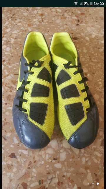 Imagen producto Botas de fútbol nike 2