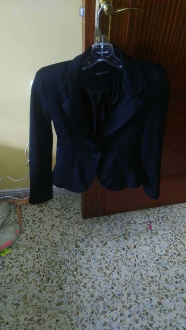 Imagen chaquetita mujer talla s poco uso