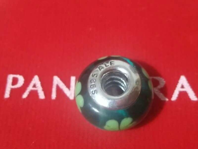Imagen producto Charms (Trébol cristal de murano) 3