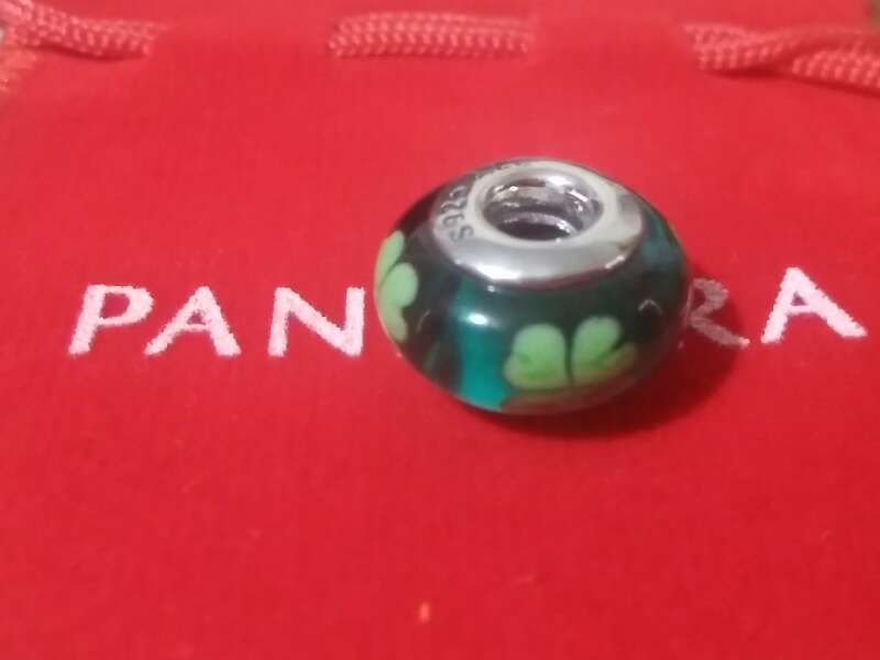 Imagen producto Charms (Trébol cristal de murano) 2