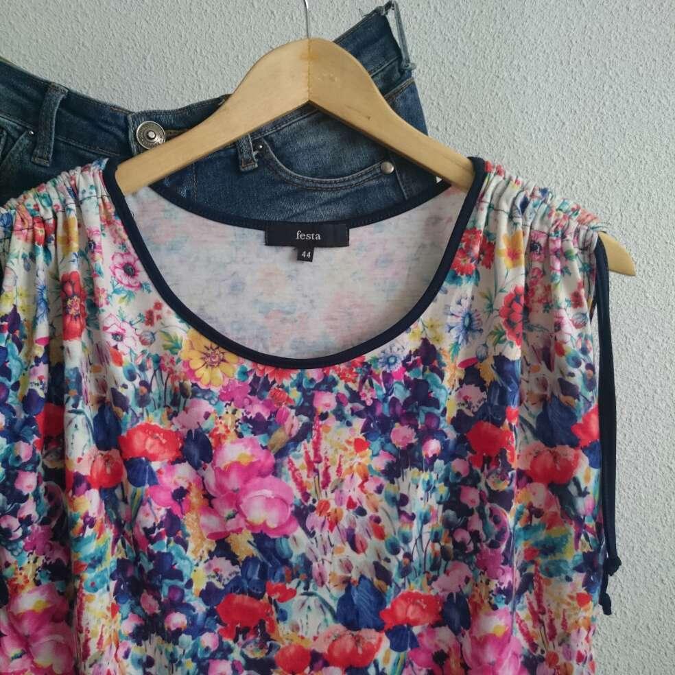 Imagen producto Camiseta flores FESTA  4
