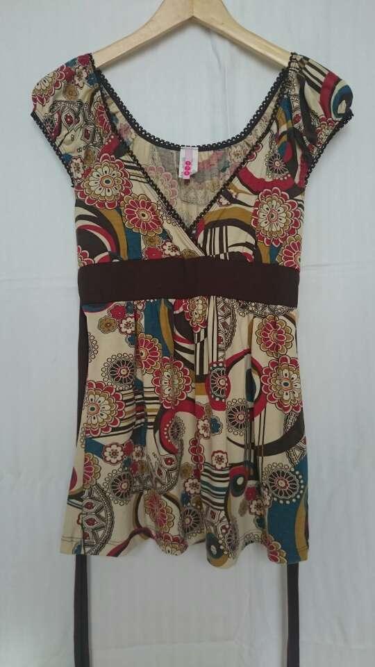 Imagen producto Camiseta flores bohemia  1