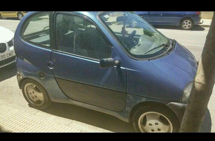Imagen vendo coche sin carnet