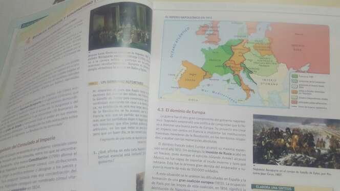 Imagen producto Libros de 1°de bachiller ies los molinos 4