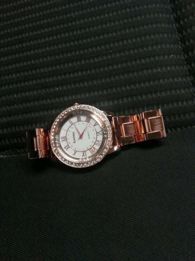 Imagen producto Reloj de acero 2