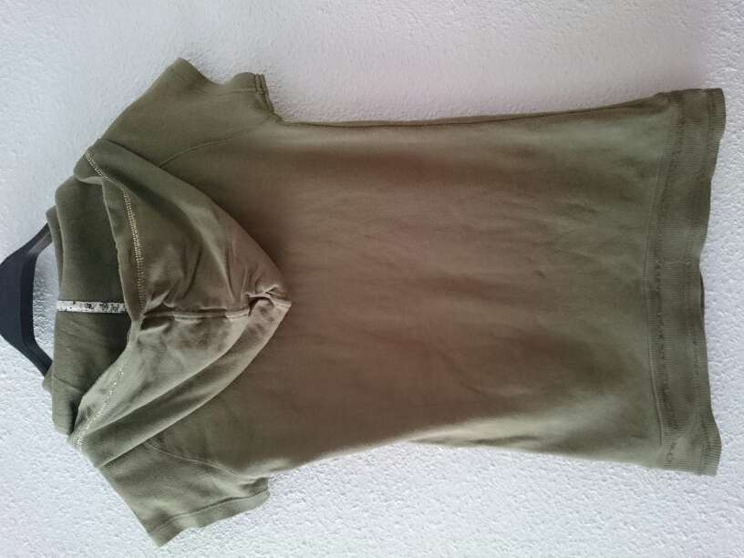 Imagen producto Camiseta verde militar  2