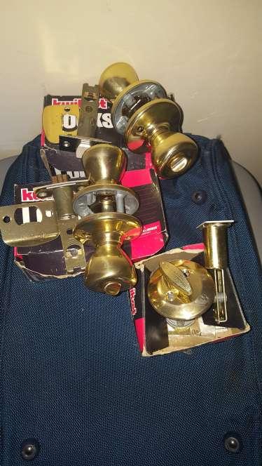 Imagen three brass doors