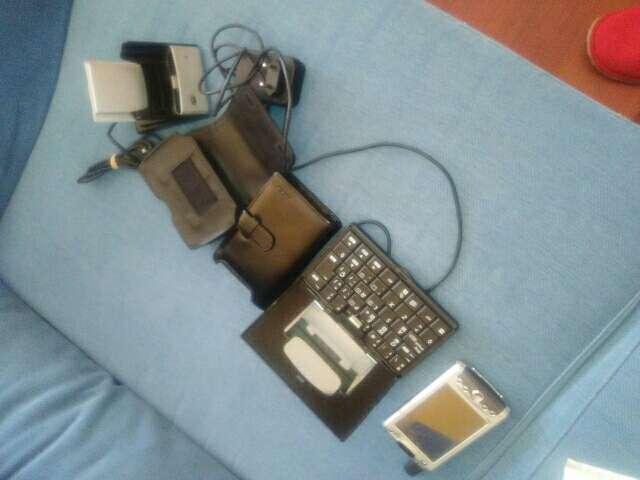 Imagen producto Ipa con teclado baterias fundas 3
