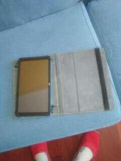 Imagen producto Tablet averiada con funda 2