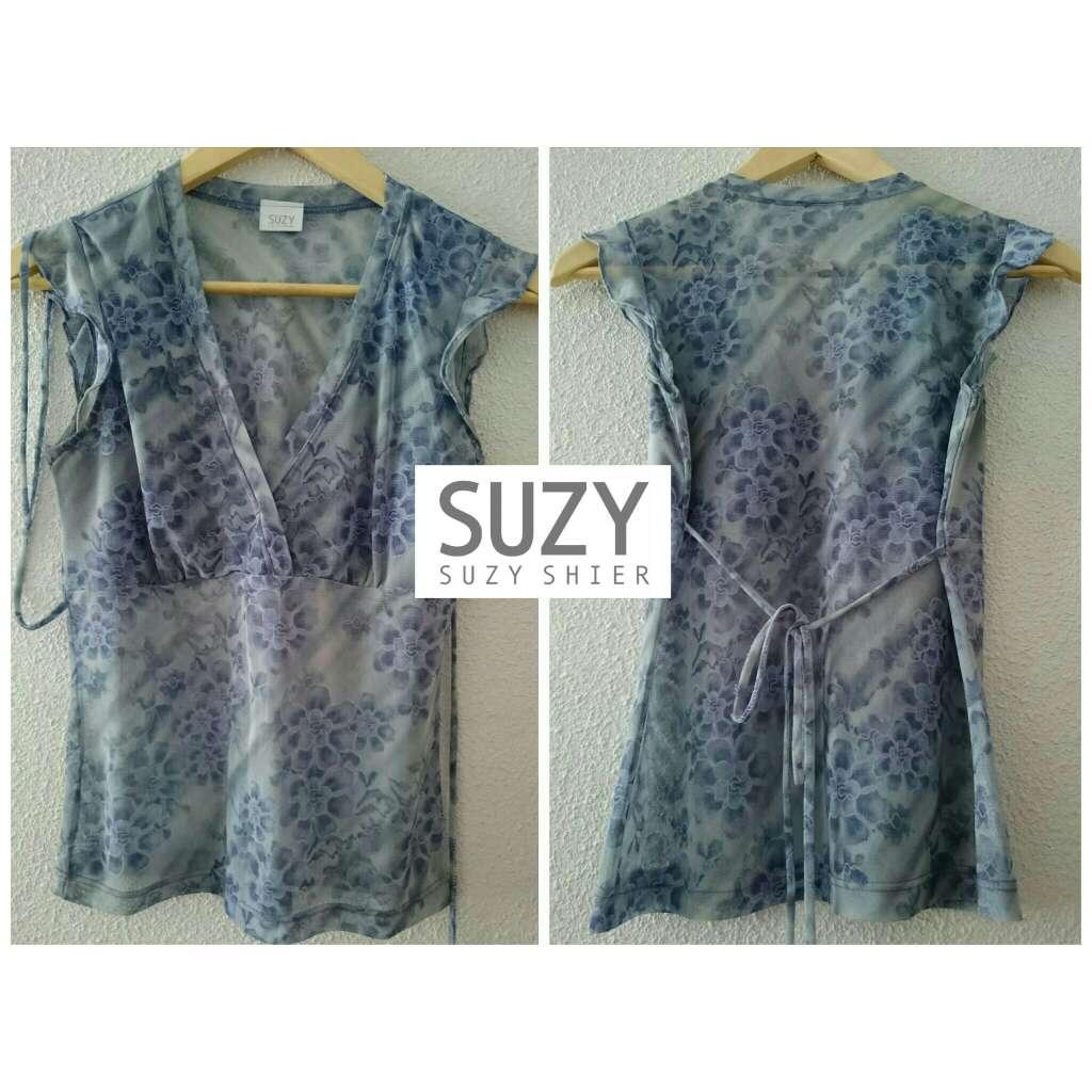 Imagen Blusa azul semitransparente