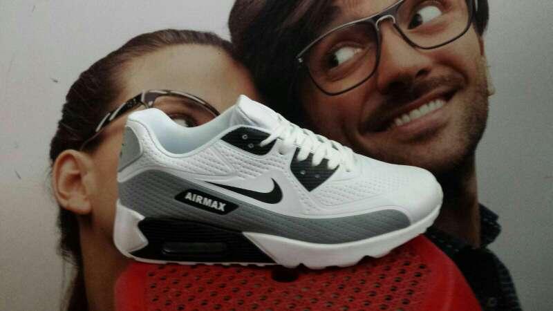 Imagen producto Zapatillas 4