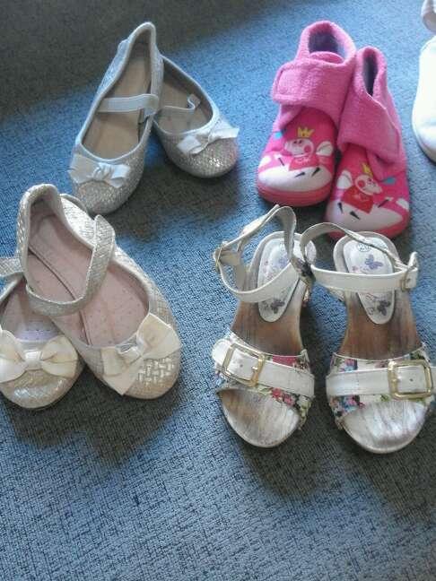Imagen producto Zapatos niña talla 25/26 2