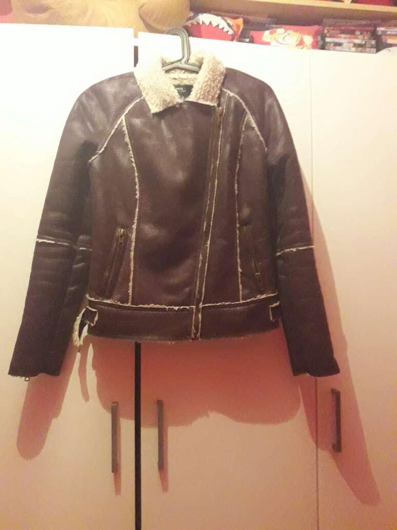 Imagen chaqueta de mujer de la Tienda mango