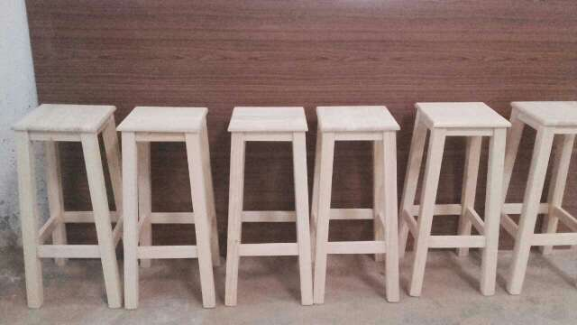 Imagen taburetes fe madera masiza