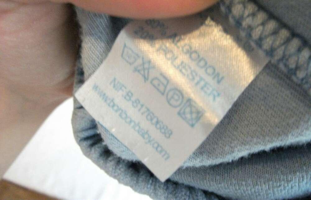 Imagen producto Pantalón celeste de terciopelo  4