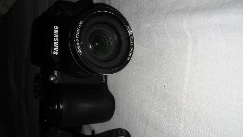 Imagen producto Precio negociable, Urgente vender. Cámara Samsung HD 2
