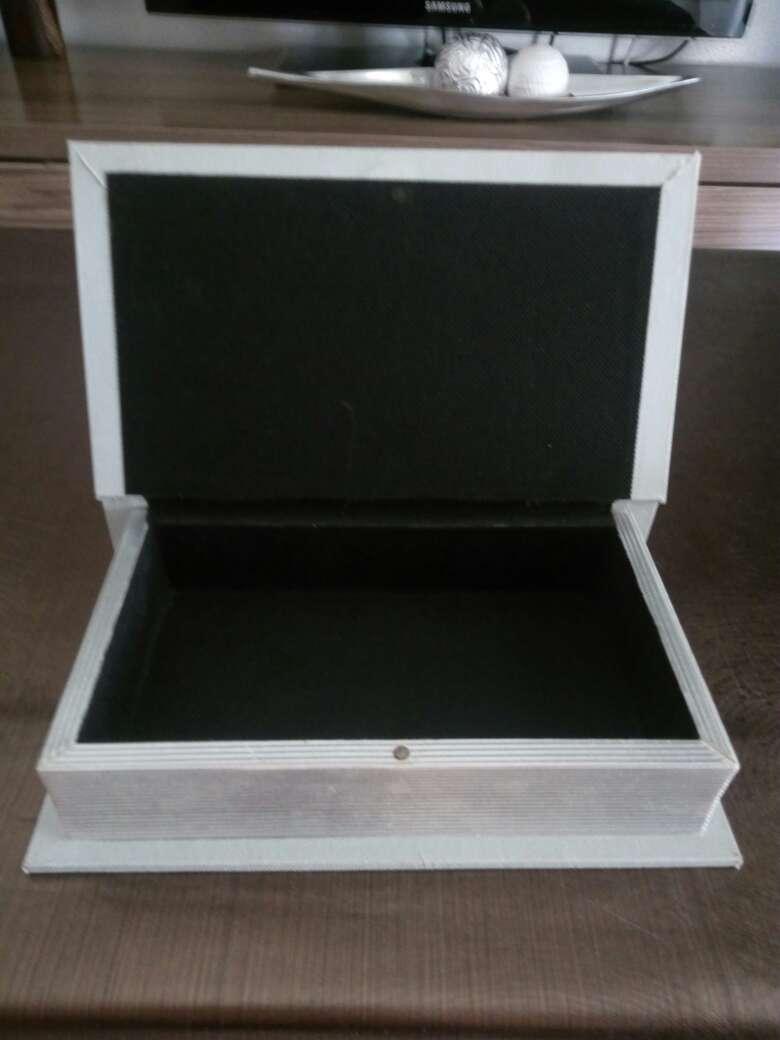 Imagen producto Caja decorativa 2