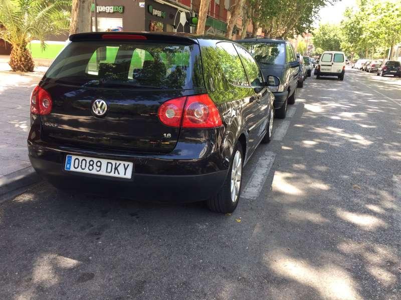 Imagen producto Volkswagen golf 1.6 trendline 2005 4