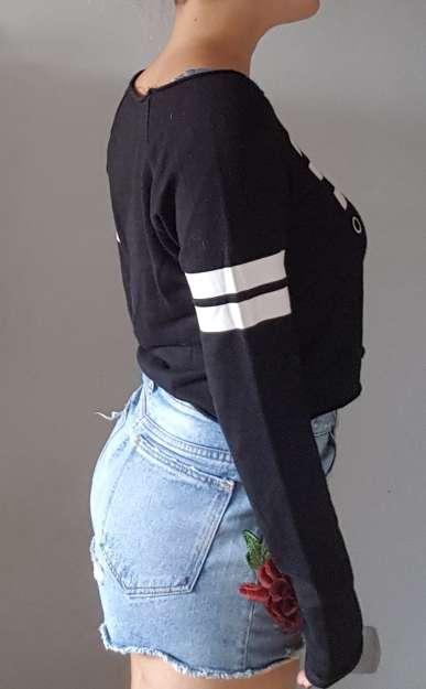 Imagen producto Sudadera negra TS 2