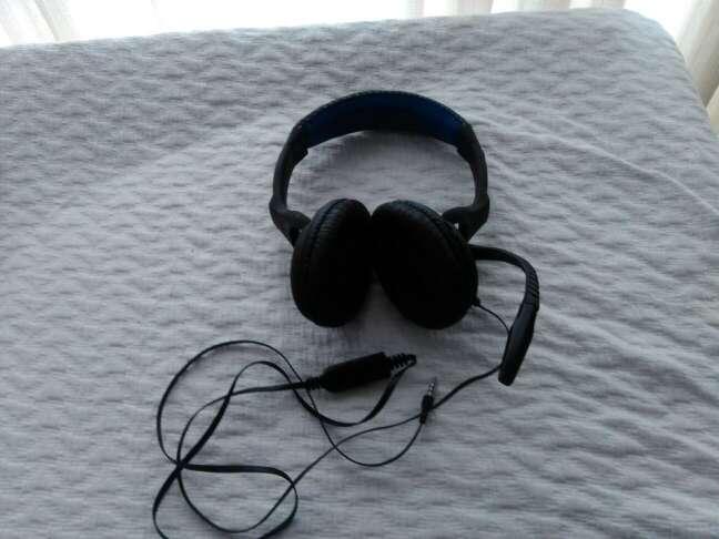 Imagen Cascos auriculares con micrófono