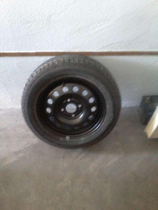 Imagen rueda nueva más llanta