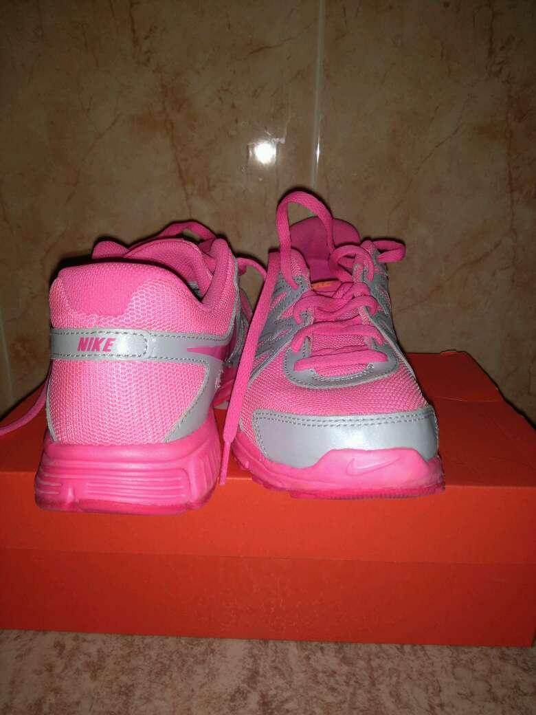 Imagen producto Bambas Nike revolution 2GS 2