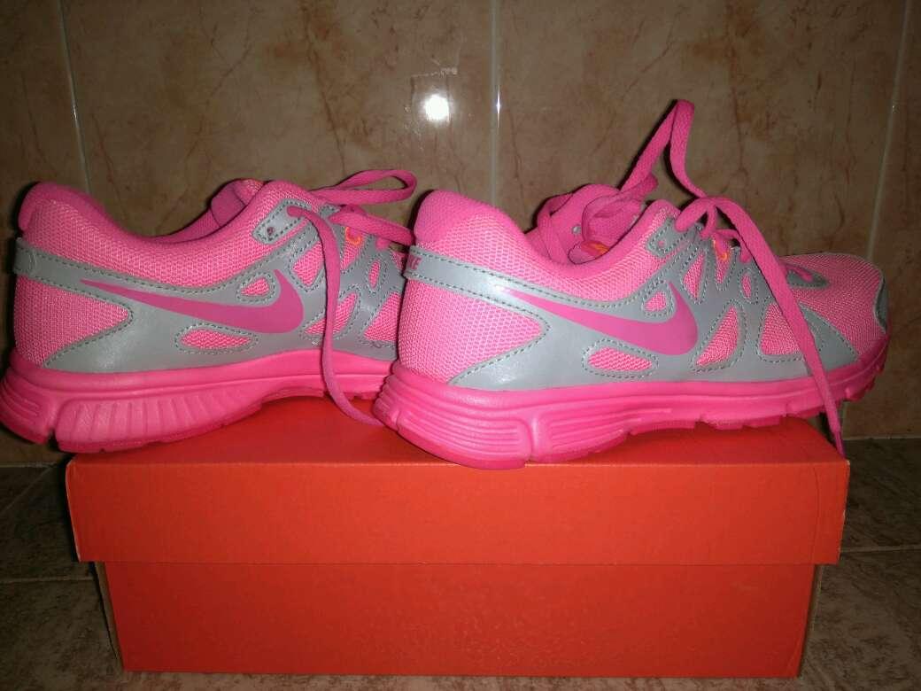 Imagen producto Bambas Nike revolution 2GS 3