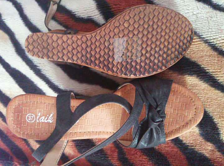 Imagen producto Sandalias número 37/5€ 2
