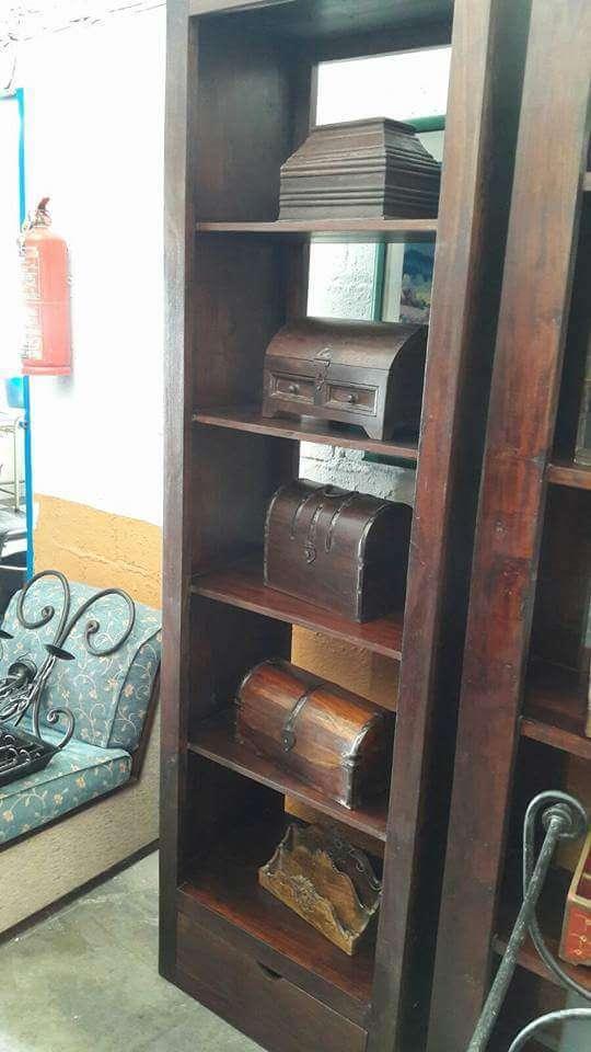 Imagen Lote de Muebles y Articulos de decoracion