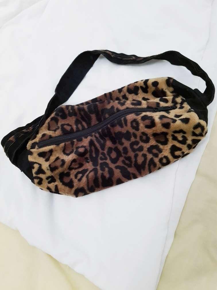 Imagen bolso estampado leopardo