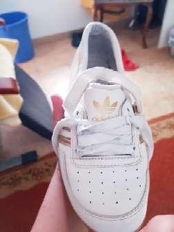 Imagen zapatillas adidas de mujer