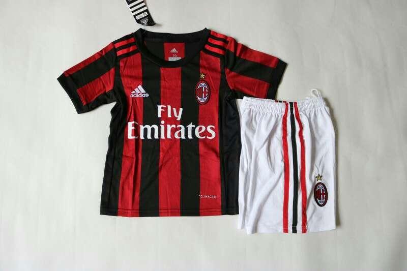 Imagen camiseta + pantalón fútbol