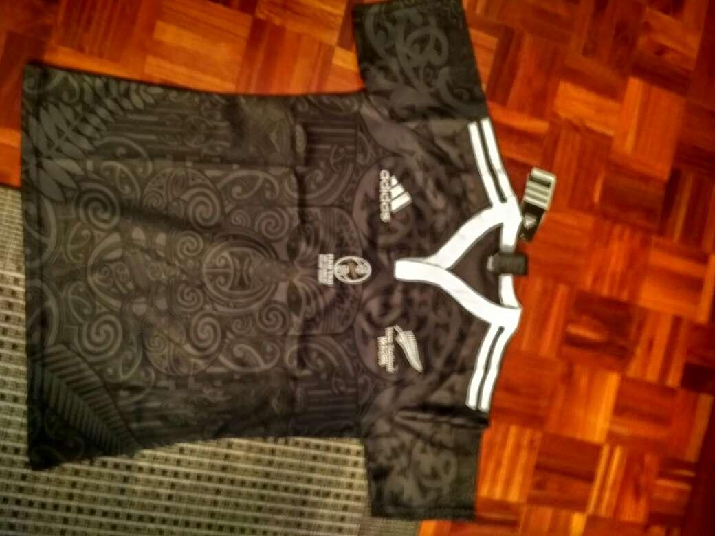 Imagen Camiseta all black