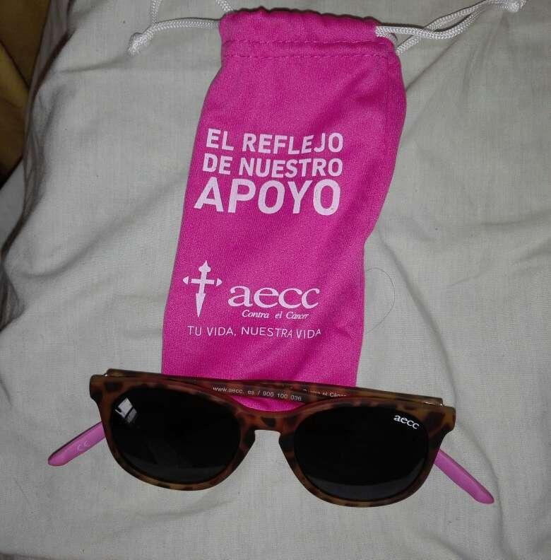 Imagen Gafas de sol de apoyo contra el cancer