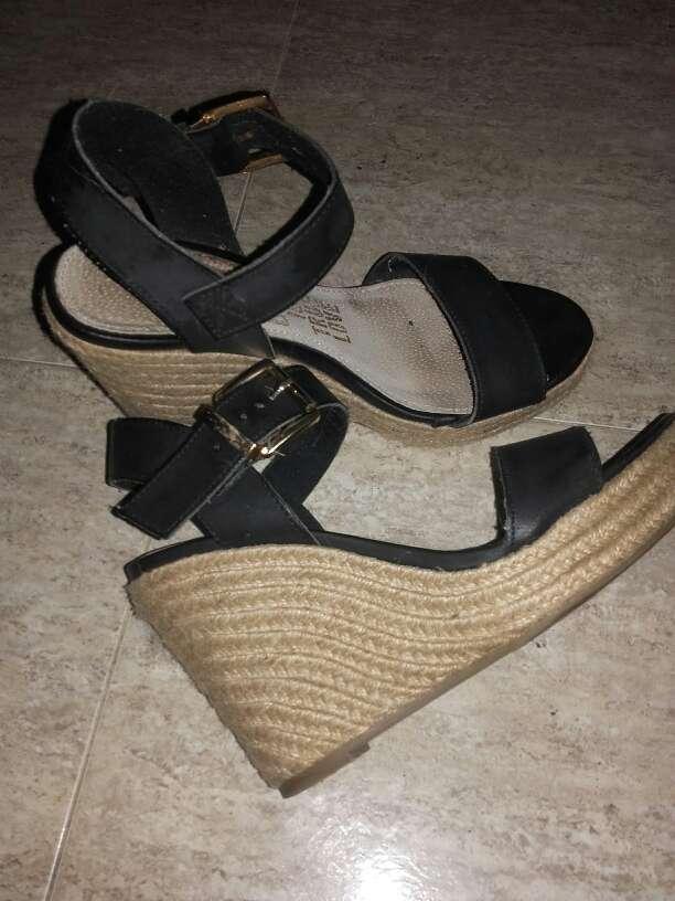 Imagen zapatos de cuña
