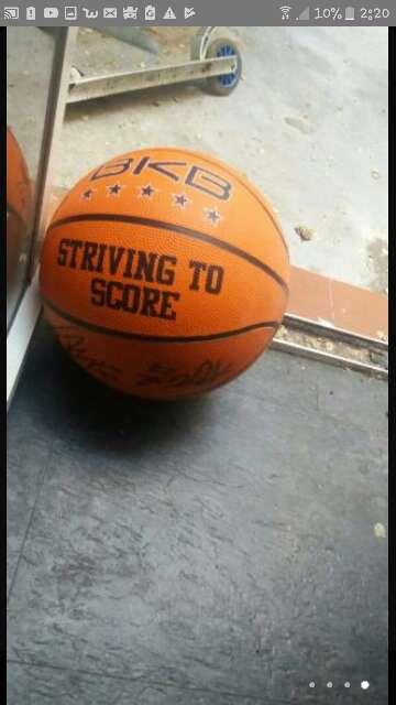 Imagen producto Balón de baloncesto firmado  2