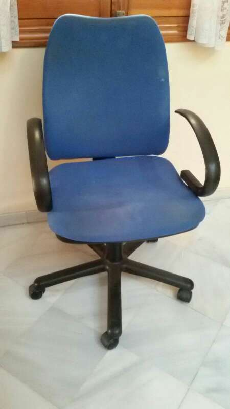 Imagen silla escritorio de ruedas