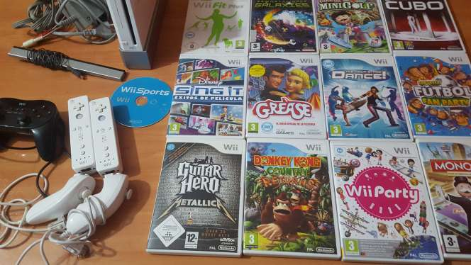 Imagen Wii blanca+ mandos+juegos