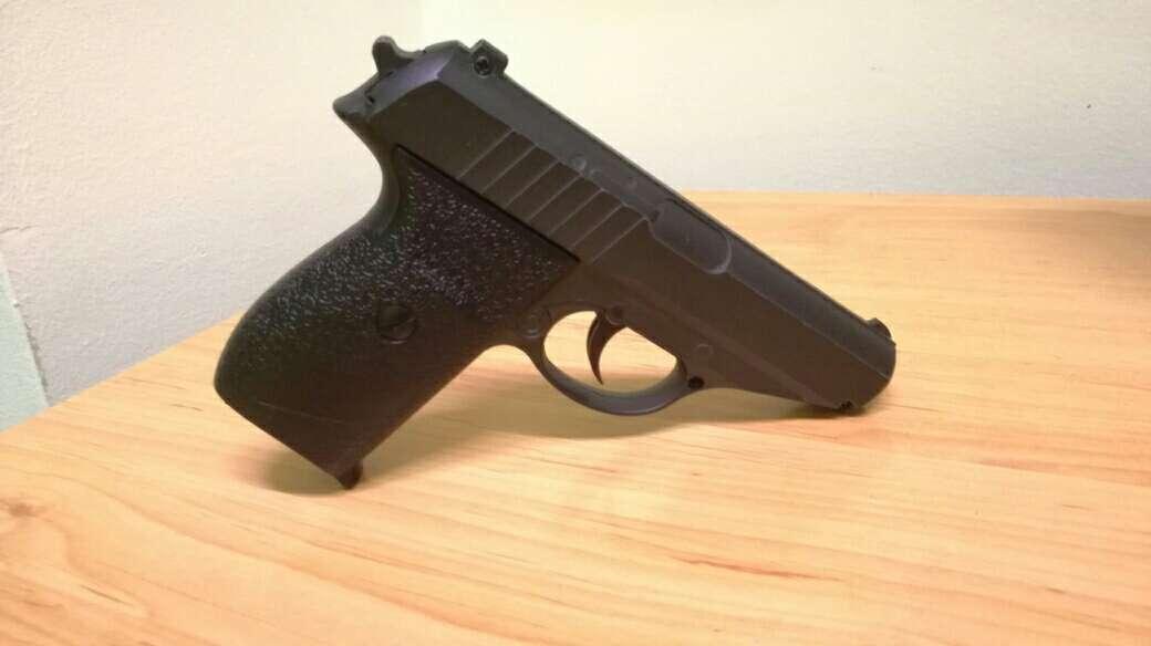 Imagen pistola airsoft de metal