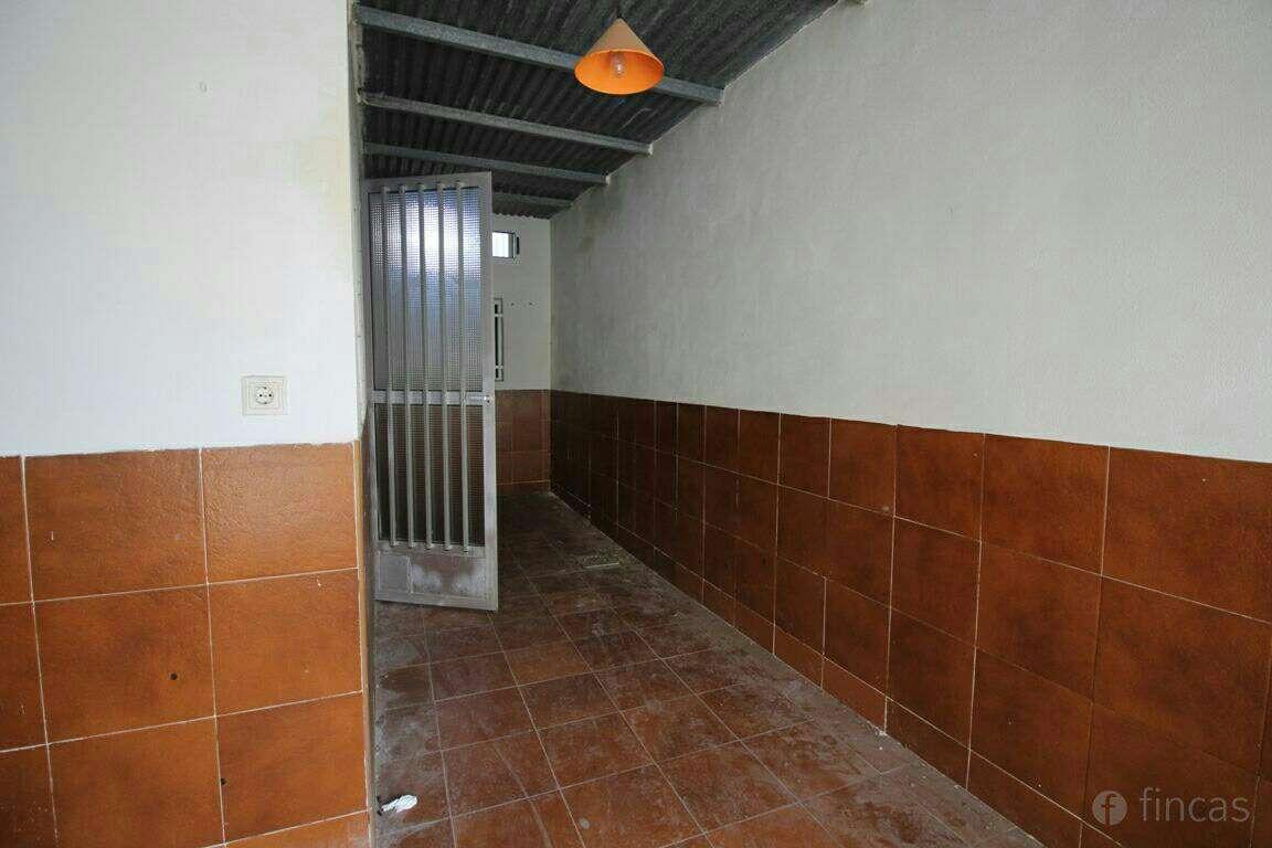 Imagen producto Piso en barrio de Peral  4