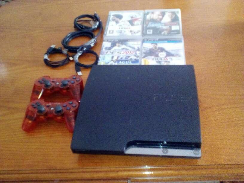 Imagen oferta!!!! ps3 320gb con 4 juegos y 5 mandos