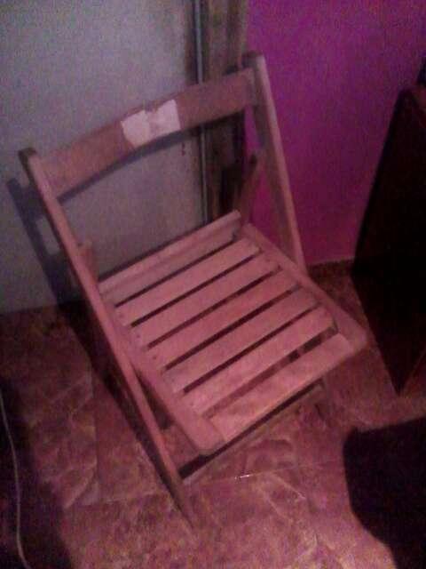 Imagen silla de madera
